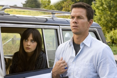 Mark Wahlberg, Zooey Deschanel The Happening movie image